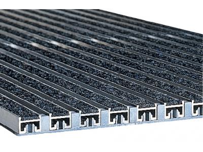 Krycie rošty a rohožky do vnútorných a vonkajších priestorov. 1000x500x20